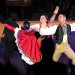 Buehnenball, Intermezzo des mit einem Tanzduell des Balletensembles --- Foto STAUDT